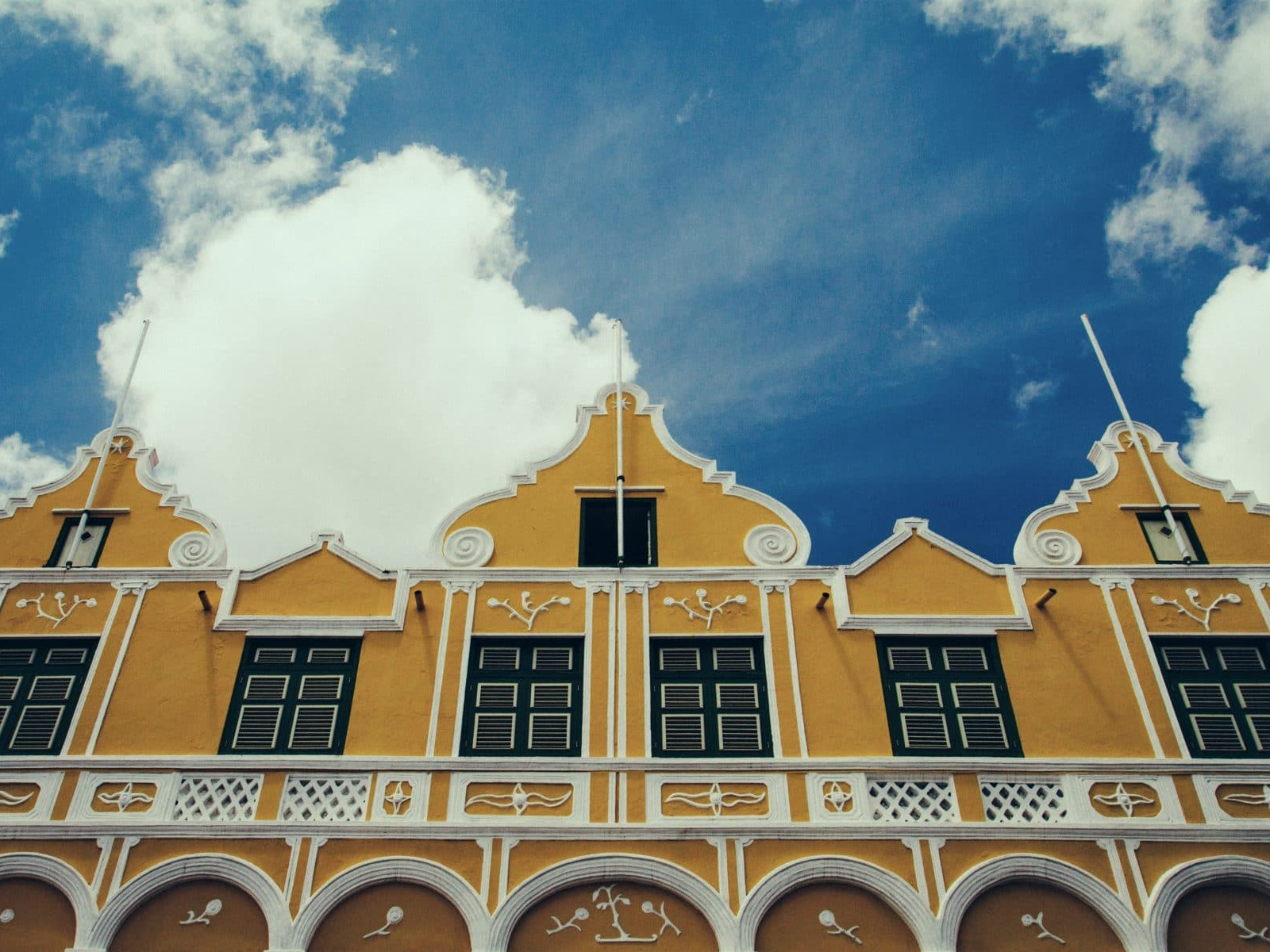 Visit the colorful Handelskade in Curacao